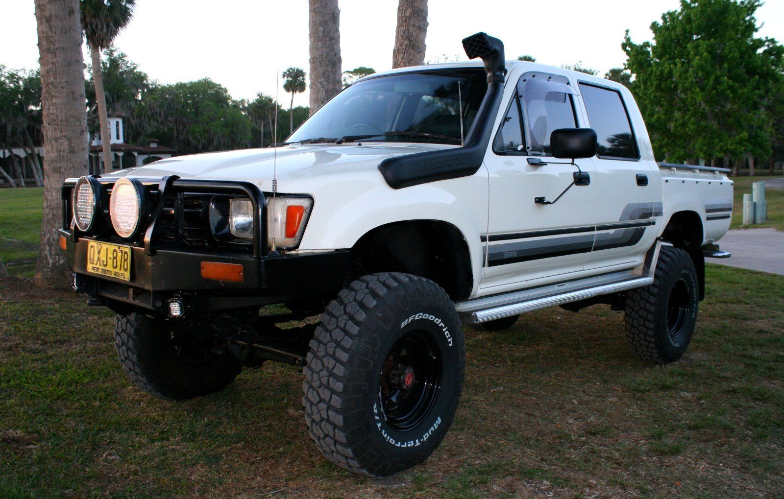 for sale 1990 toyota hilux turbo diesel 4x4 crew cab sr5 ih8mud forum. Black Bedroom Furniture Sets. Home Design Ideas