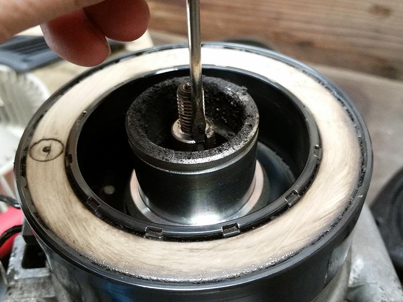 FJ62 A/C overhaul with Denso 10P15C compressor rebuild