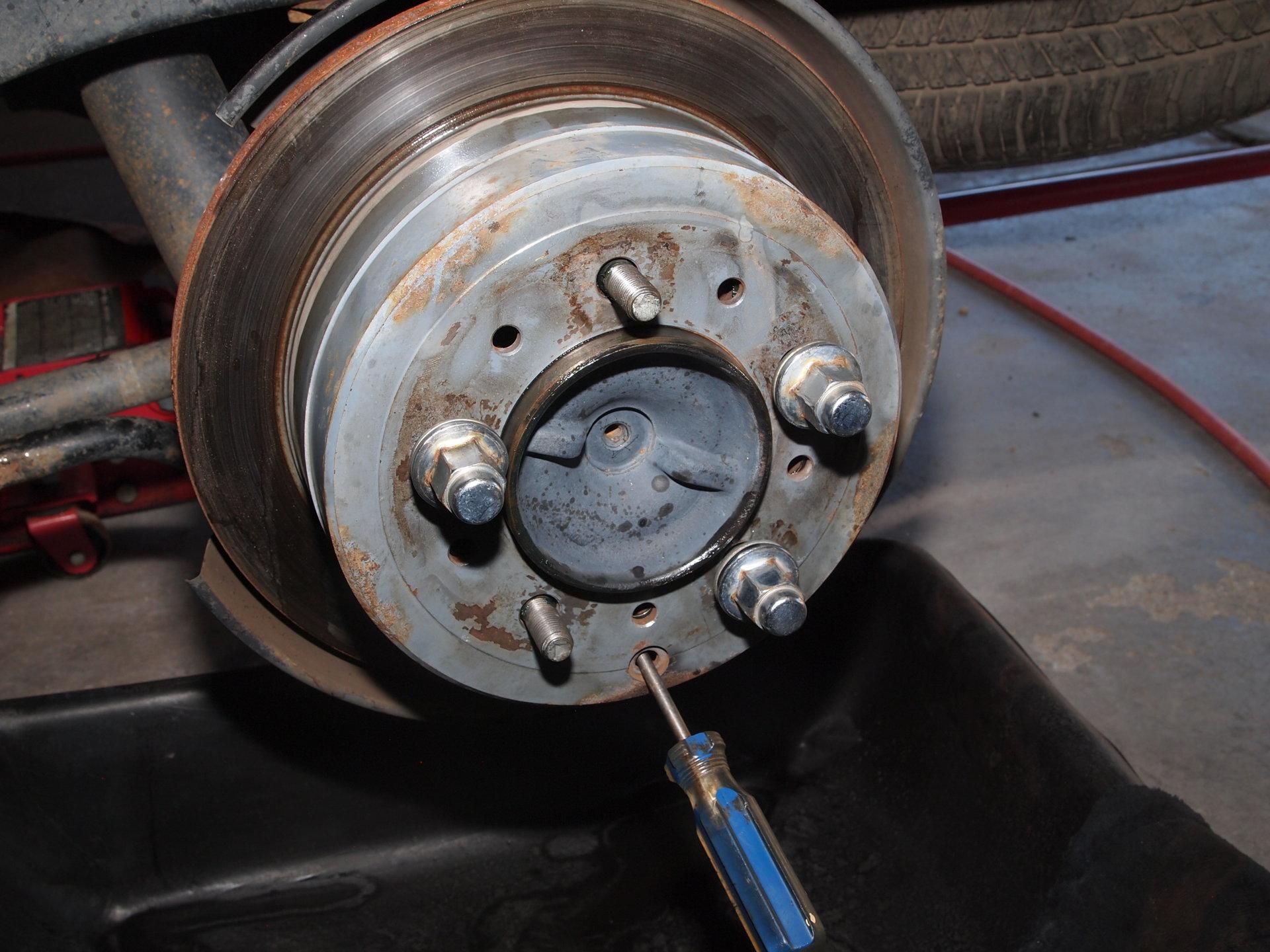For Landcruiser FJ80 FZJ80 Series Brake Pin Hand Brake Disc
