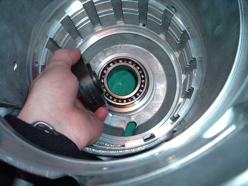 11-18-05 install bearing.JPG