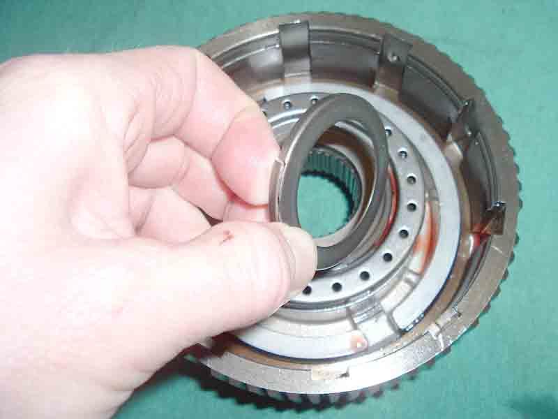 11-24-05 2nd clutch bearing race.JPG