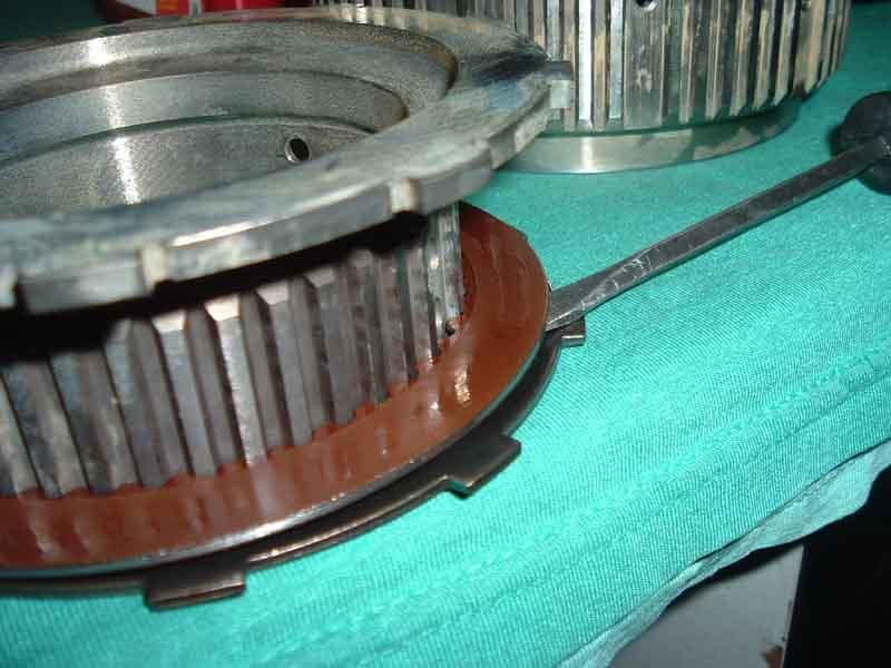 11-29-05 Clutch and gear.JPG