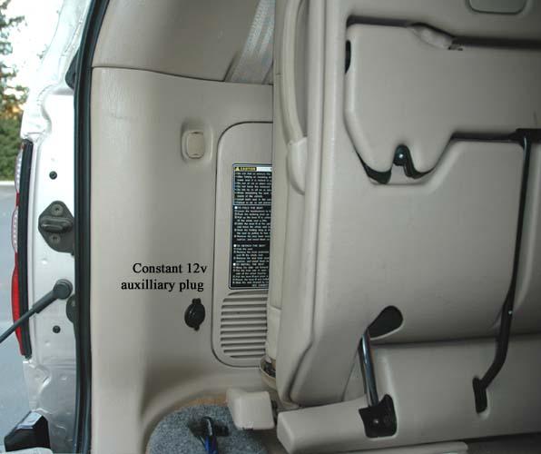 12v rear plug.jpg