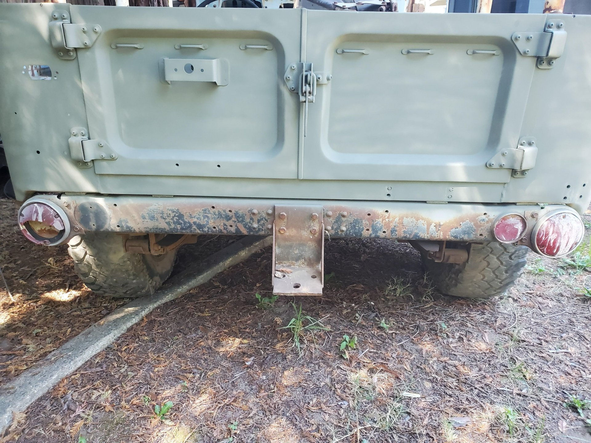 1'70 rear pic.jpg