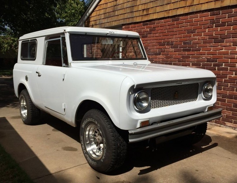 1964-International-Harvester-Scout-80-Front-823x636.jpg