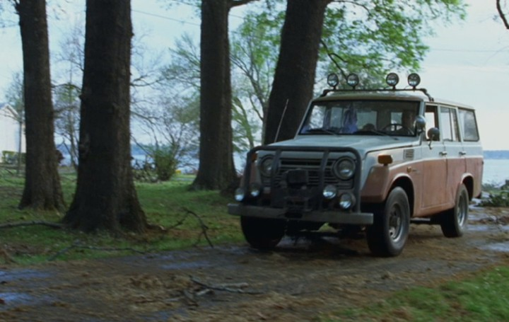 1968_Toyota_Land_Cruiser.jpg