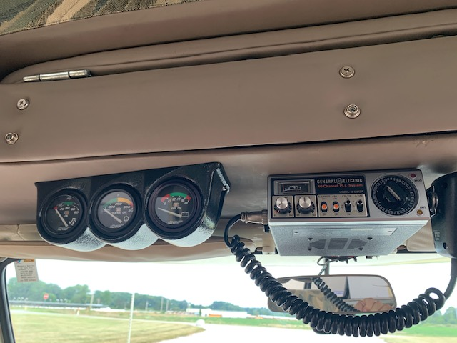 1978 Chinook CB and gauges.jpg