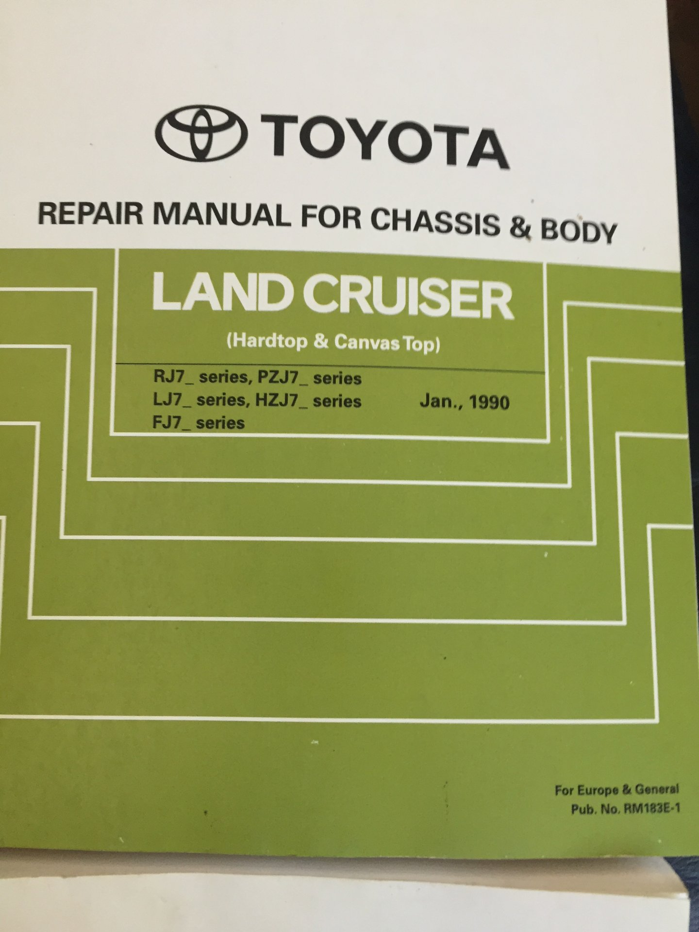 1990 Toyota manuals 002.JPG