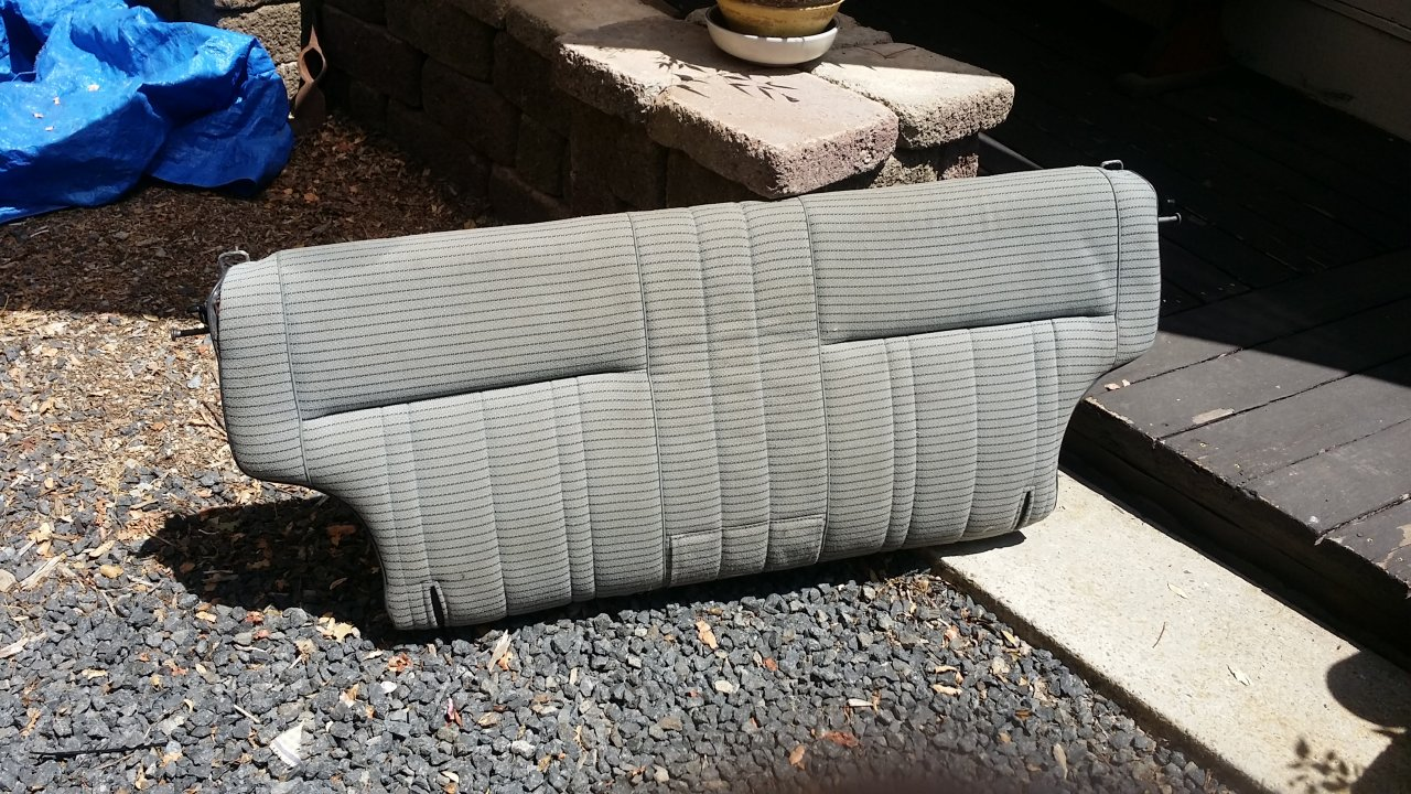 For Sale Fj60 Front Seats And Rear Seat Back Ih8mud Forum