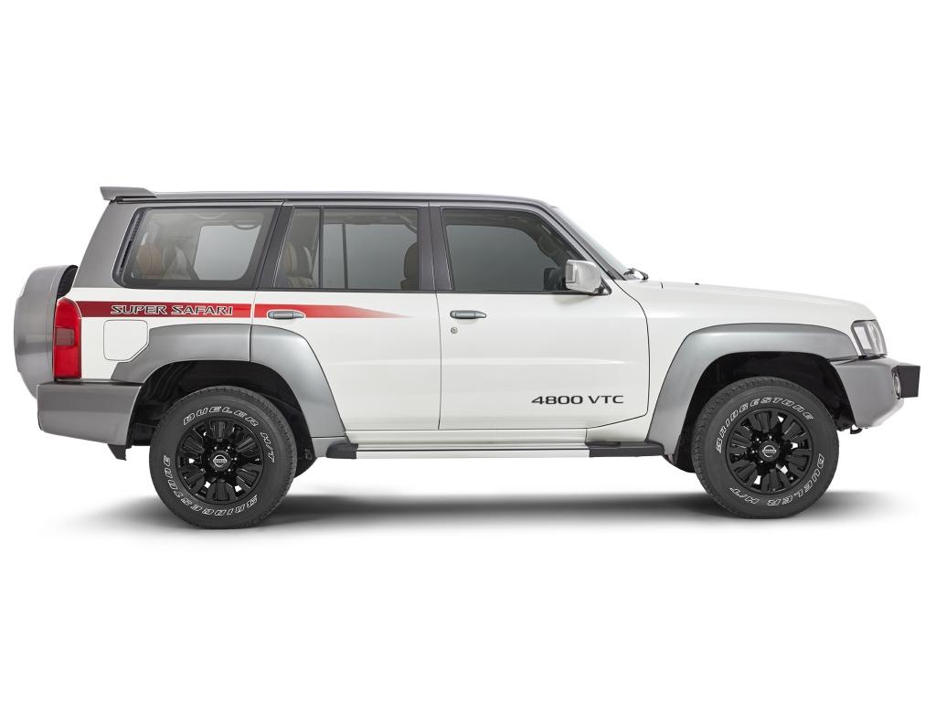 2017-Nissan-Patrol-Super-Safari-Y61-3.jpg