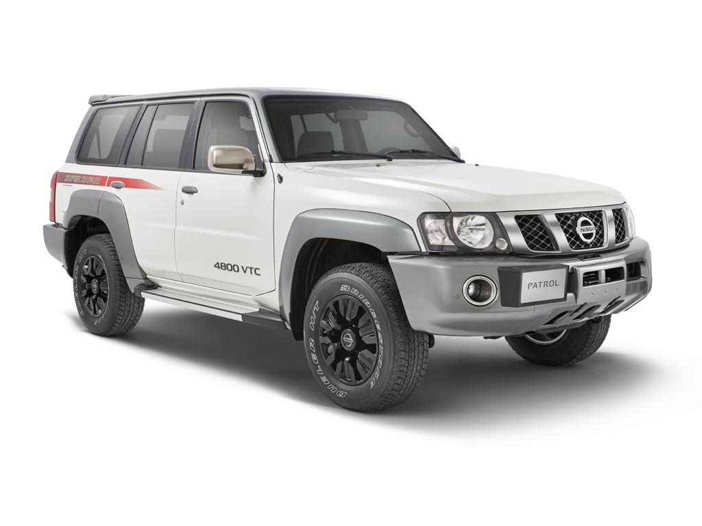 2017-Nissan-Patrol-Super-Safari-Y61-7.jpg