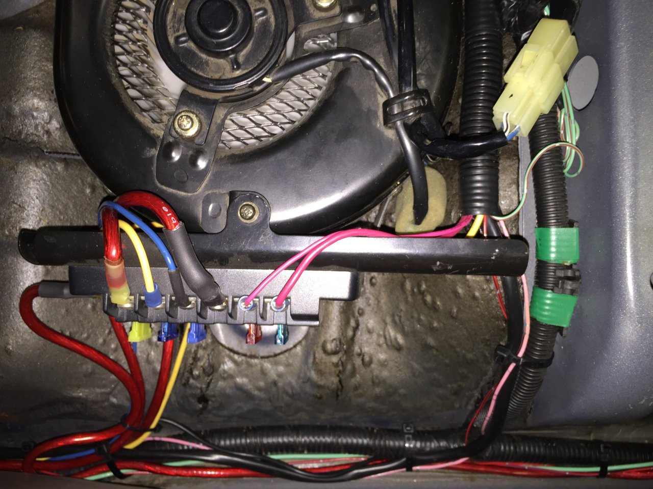 Wire Management Cleaning Up My Mess Of Mods Ih8mud Forum Under Carpet Flat Wiring System Additionally 3 Img 1715