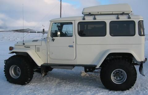 4x4-snow-and-ice-extra-long-land-cruiser.jpg