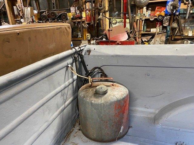 5 gal gas tank.jpg