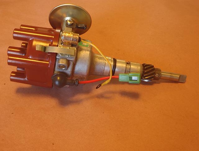 '77-Distributor-with-External-Condenser.jpg