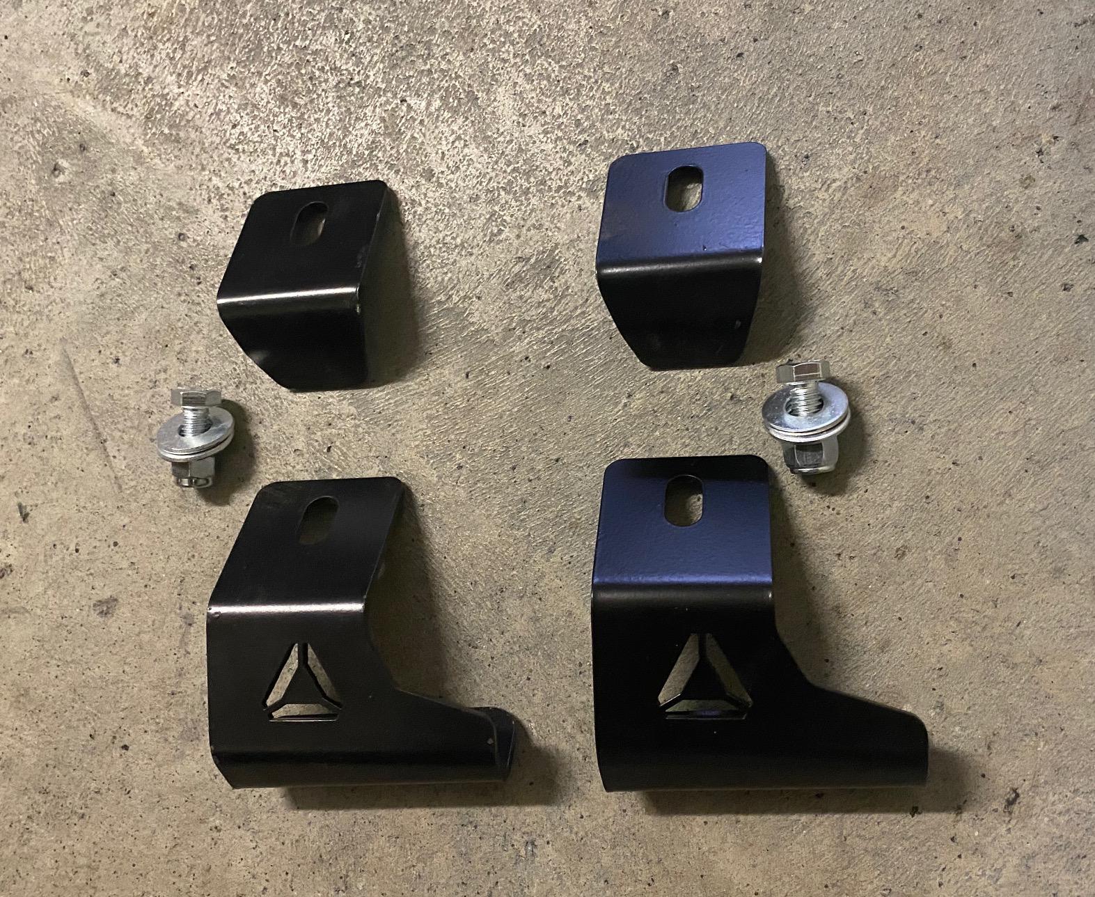 80 Series Rear Spring Retainers.jpg