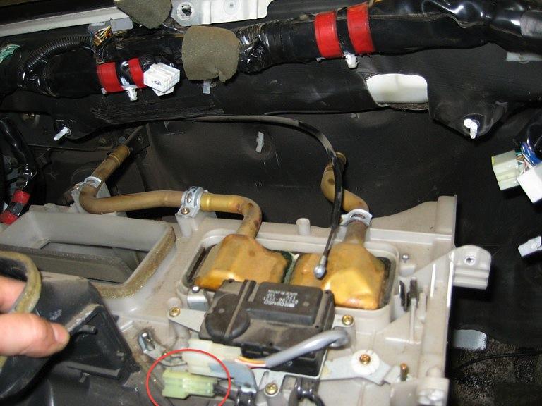 94FZJ80_heatercore_00148.jpg