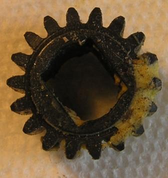 actuator gear small gear topview.JPG