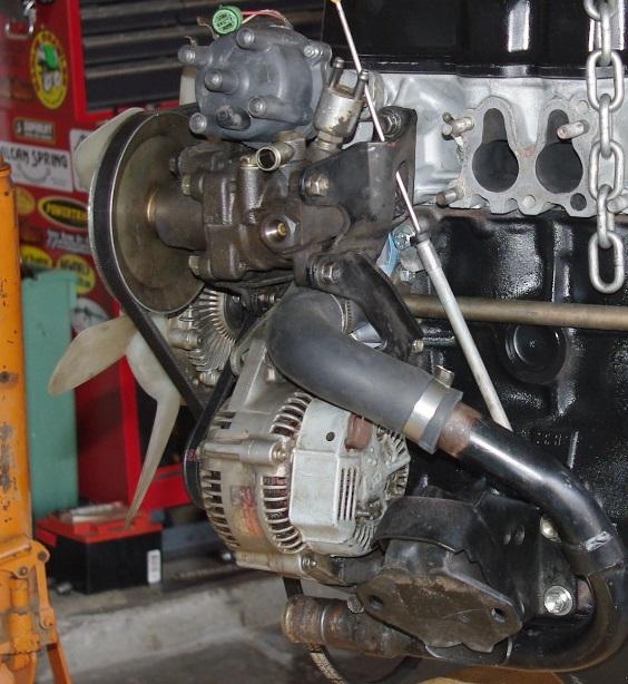22re Turbo Manifold gwtWtoODZiOL 2bAy78lN8Osltz5cPo46yjICJUmDpg likewise Vacuum likewise 1986 1995solidengineandtransmissionmountwithx Member besides P 0900c1528007c8ad additionally 1982 Toyota Pickup Alternator Brackets. on 22re exhaust