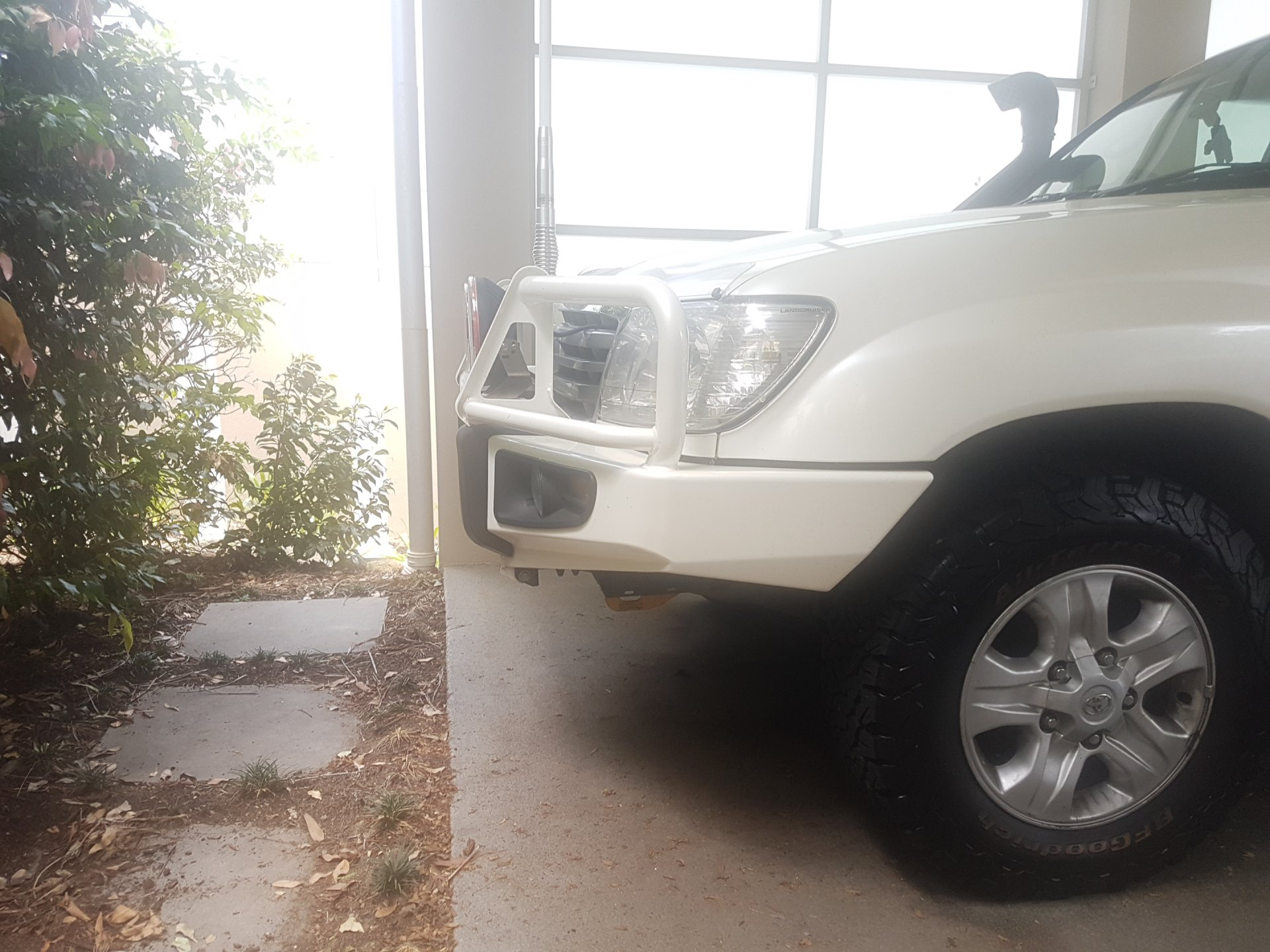 ARB Bar Distance from Grille 2.jpg