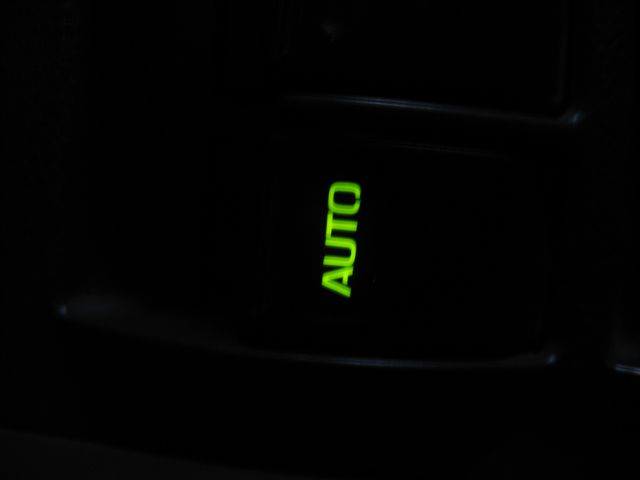 auto light.JPG