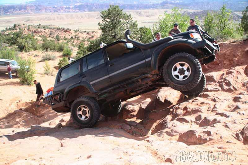 Behind-the-rocks-80-lift.jpg