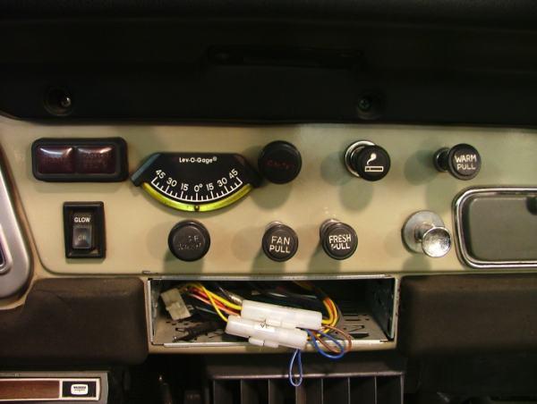 BJ401279sabretooth2.jpg