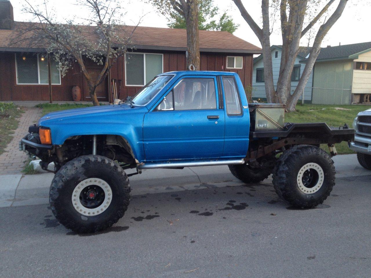 Blue truck built 2.jpg