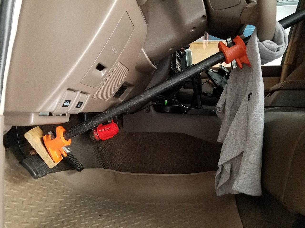 Brake holder.jpg