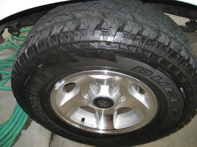 Bridgestone Revo 275's 010 DSF copy.jpg