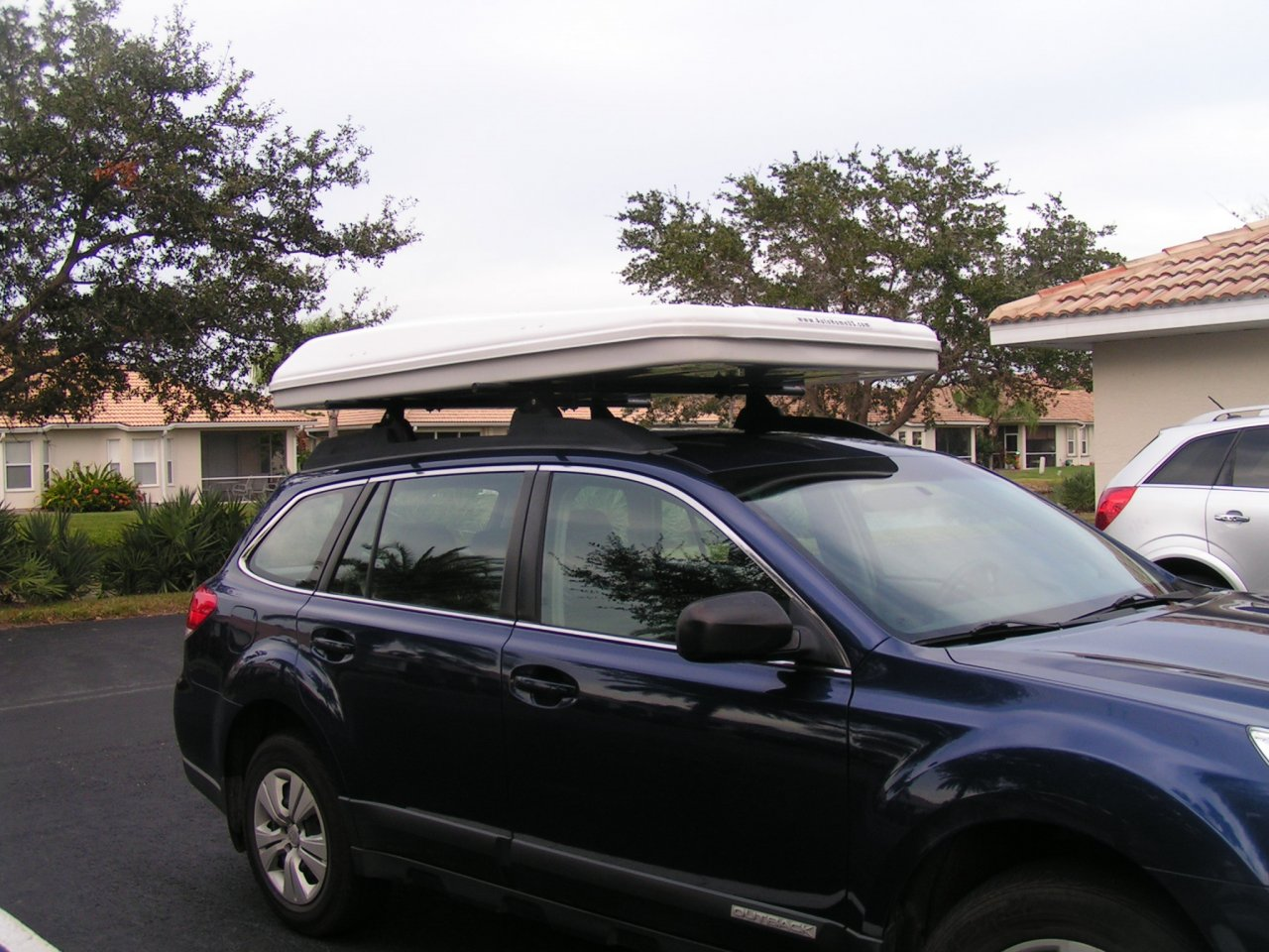 For Sale Columbus Variant Hard Shell Roof Top Tent For