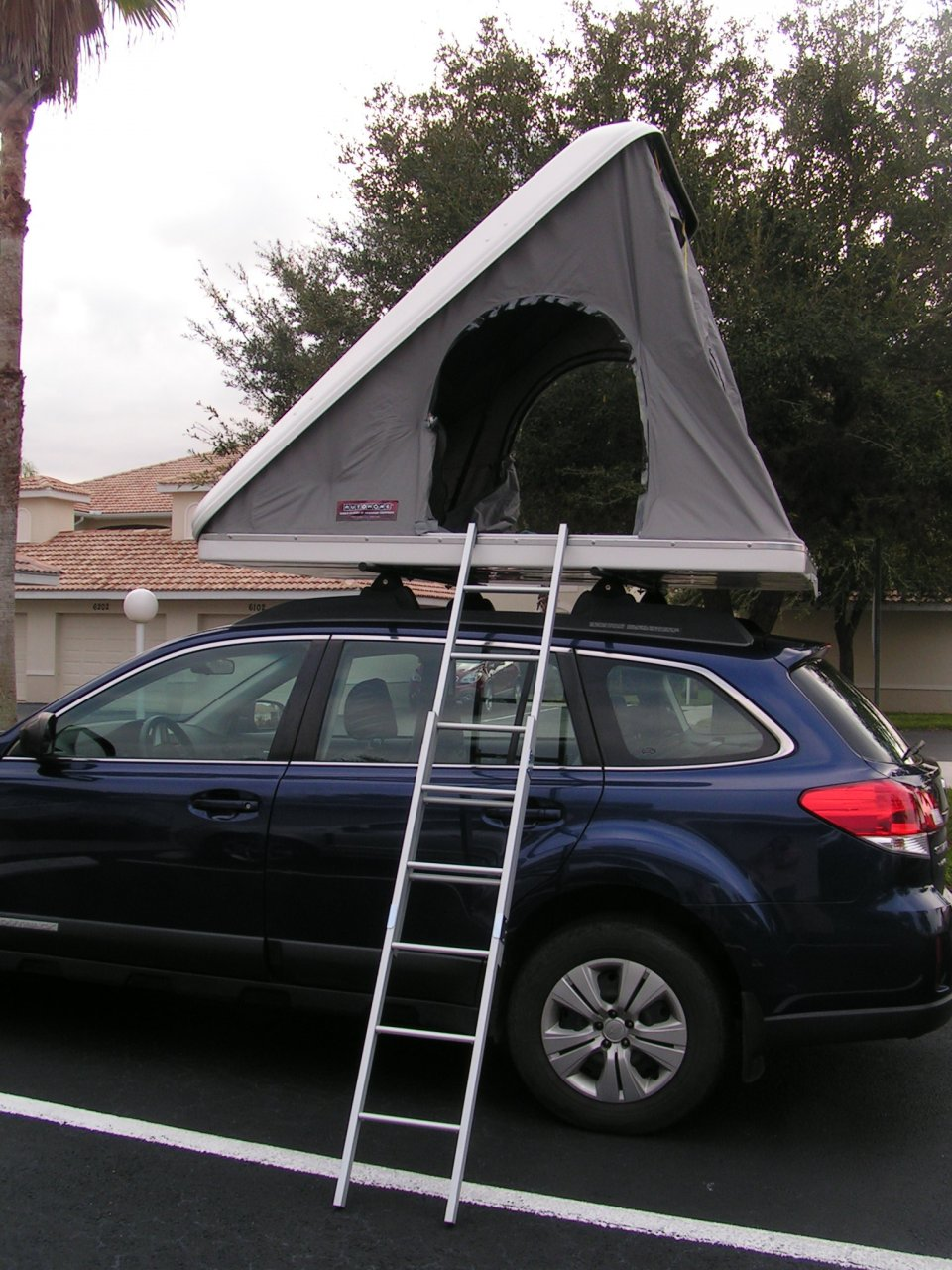 Columbus Variant CV/01 fiberglass pop-up RTT. Slim and aerodynamic design that has had no impact on our miles per gallon. Ready for c&ing in seconds. & For Sale - Columbus Variant Hard Shell Roof Top Tent for sale ...