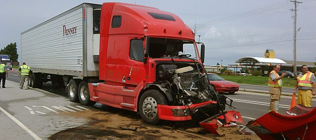 cropped_Truck_accident_24_40_1_t640.jpg