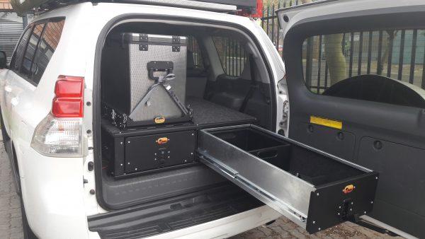 D161-Prado150-Seat-mount-drawer-3-600x338.jpg