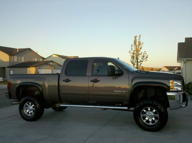 2011 Chevy Silverado Lift Kit Chevy 2500 lift/tires question | IH8MUD Forum