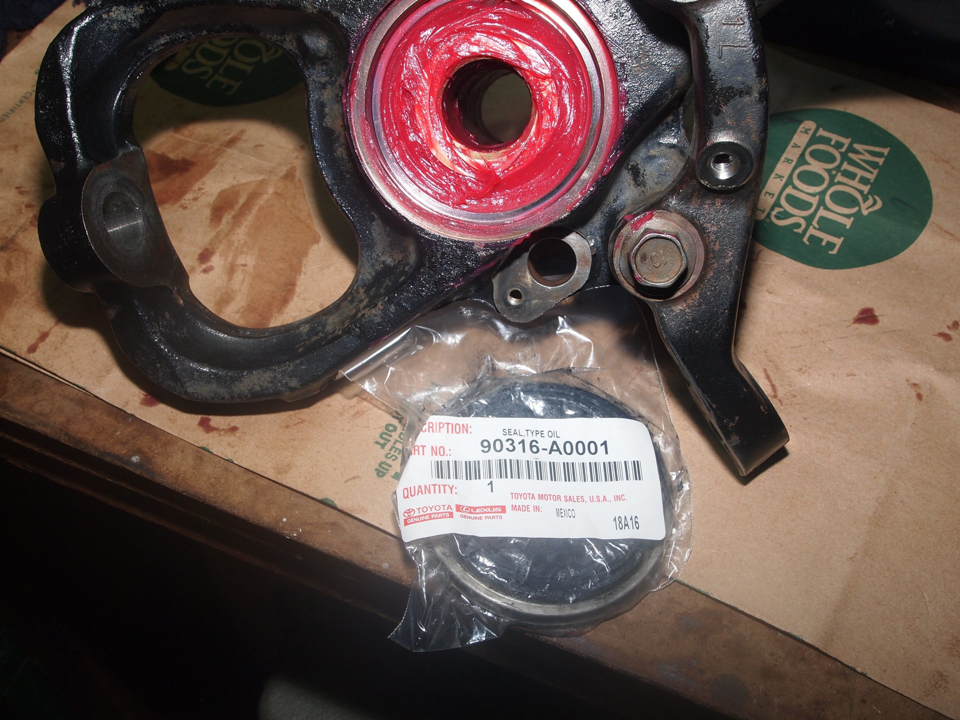 DS Axle hub, wheel bearing and knuckle Final cleaning 249.JPG