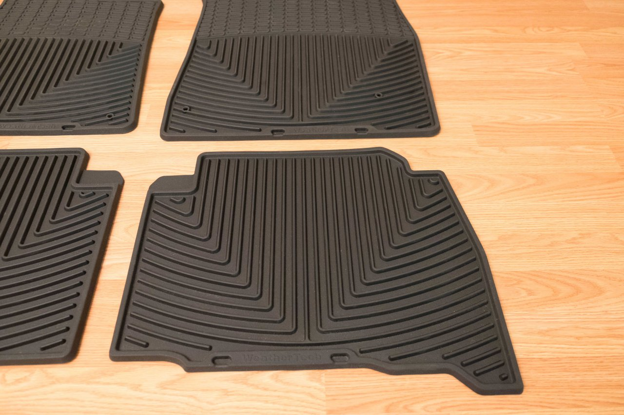 Weathertech floor mats on sale - Weathertech Custom Fit All Weather Floor Mats In Excellent Condition Only A Few Months Old I Believe These Fit 08 12 13 Has A Different Style Retaining