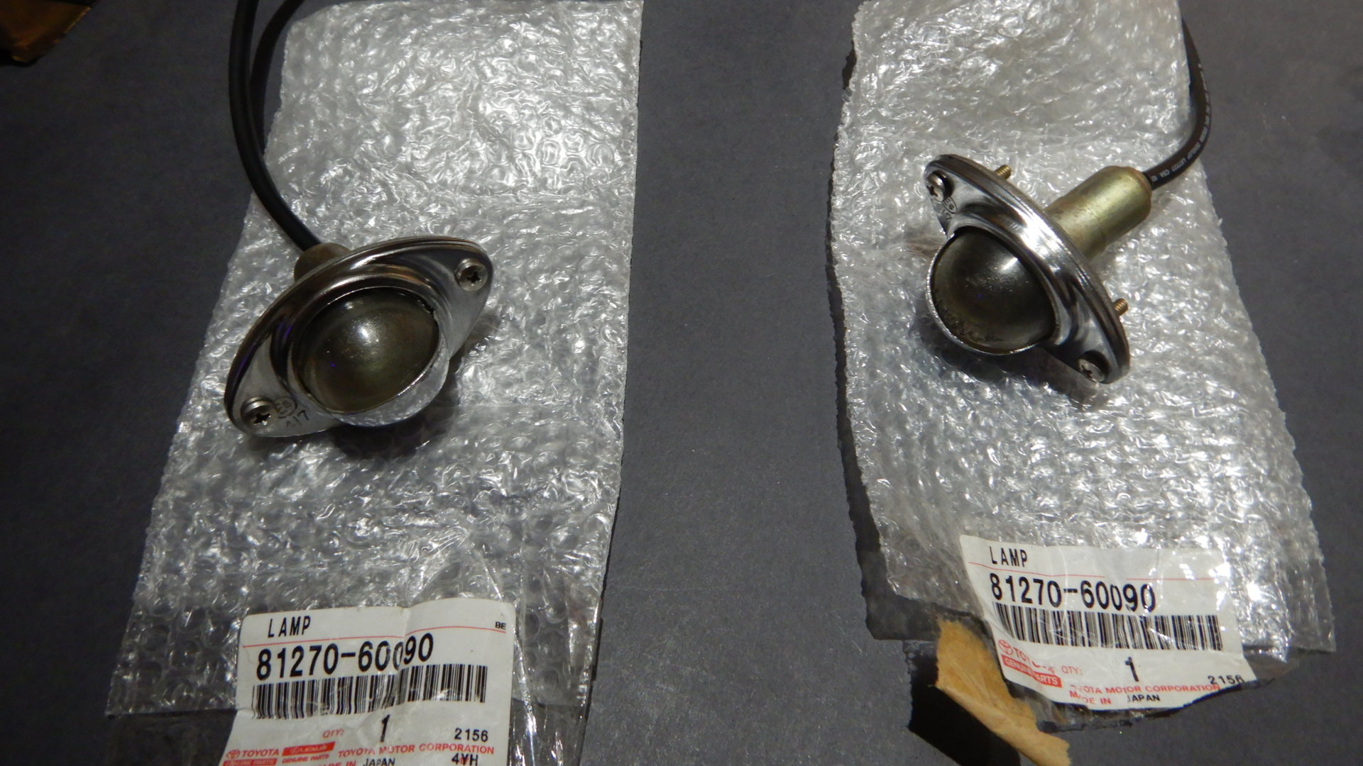Toyota 81270-60090 License Plate Lamp Assembly