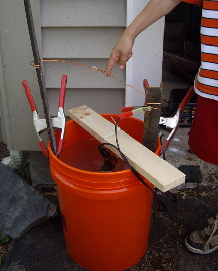 Rust Removal using Electrolysis on a large scale | IH8MUD Forum