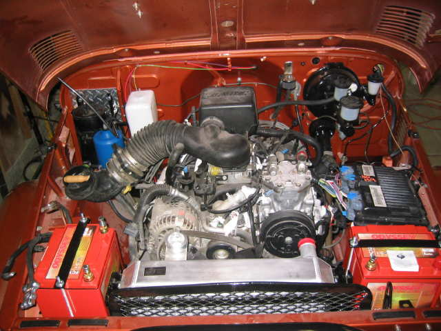 Engine compartment (2)lq.jpg