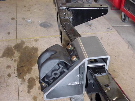 engine mount.JPG