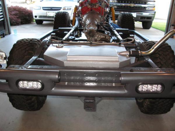 Rear fj40 gas tank options??? show me | IH8MUD Forum