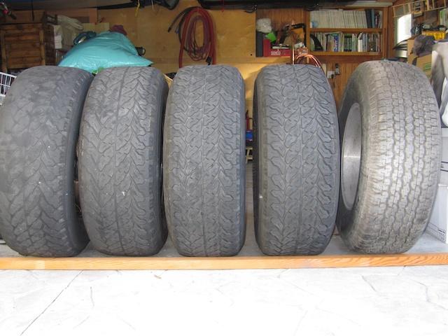 FJ-80 tires 7.jpg