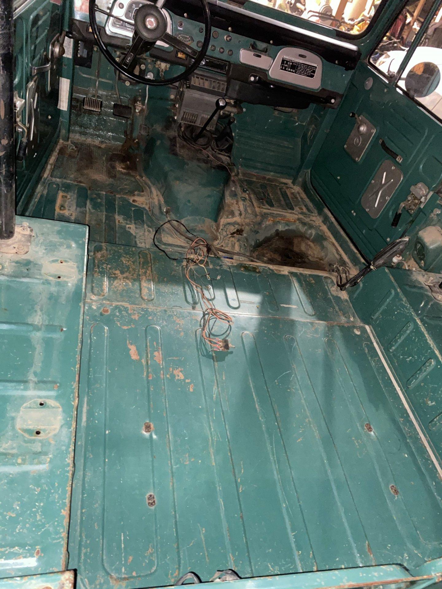 FJ40 cabin.JPEG