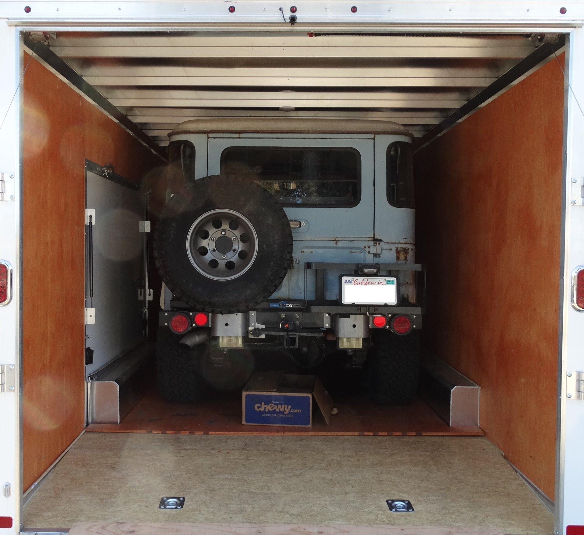 fj40 in trailer.jpg