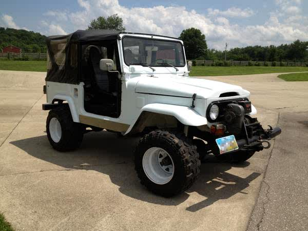 craigslist - '78 FJ40 for SALE 427 V8, fiberglass tub