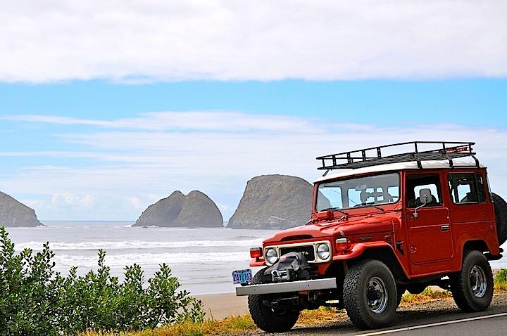FJ40 Oregon Coast.jpg