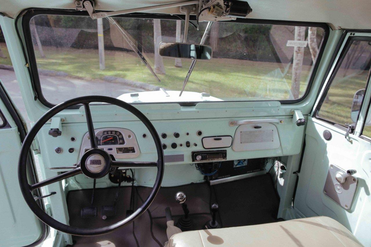 For Sale 1968 Toyota Land Cruiser Fj40 4 Speed Sea Foam