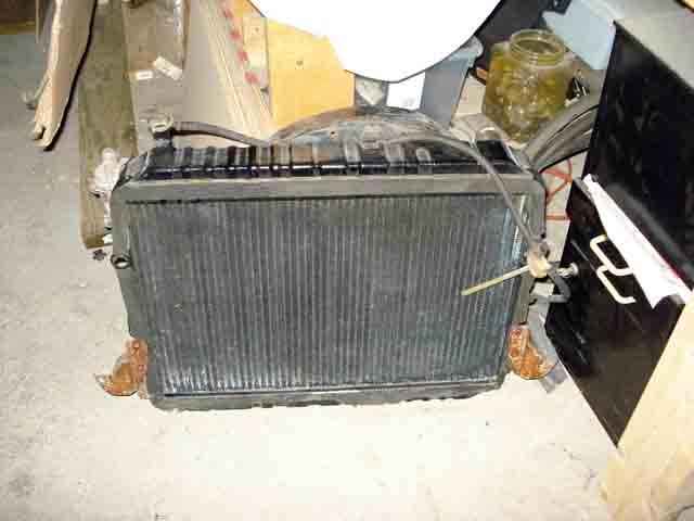 fj60 radiator.jpg