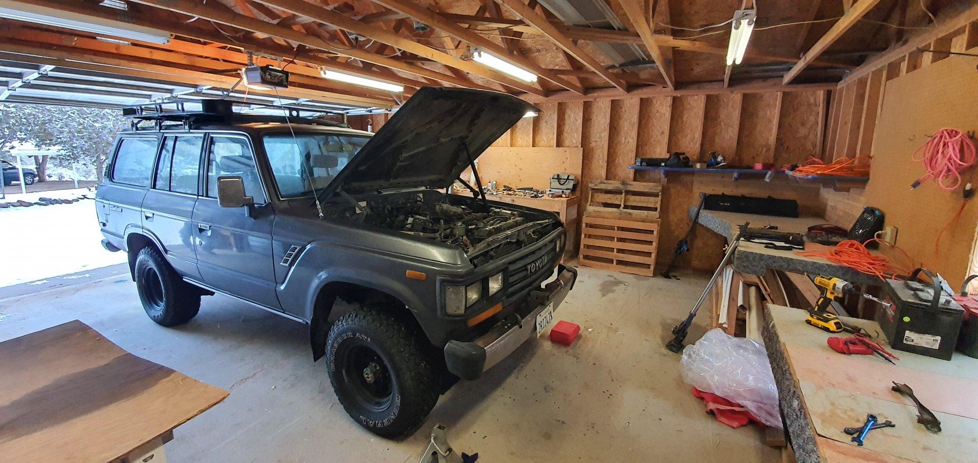 fj62-garage.jpg